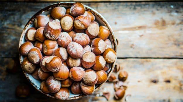 Benefits Of Hazelnuts: डायबिटीज, बीपी, हार्ट और कैंसर जैसे रोगों में अच्छा है हेजलनट्स, पढ़ें फायदे और नुकसान | Hazelnuts Benefits And Side Effects In Hindi | Hazelnut Ke Fayde Aur ...